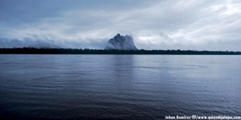 Misteriosa Piedra del Cocuy, a oriilas del río Negro en la frontera con Brasil