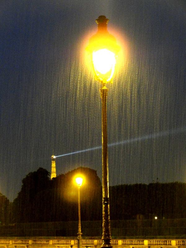 Resultado de imagen para llovizna noche