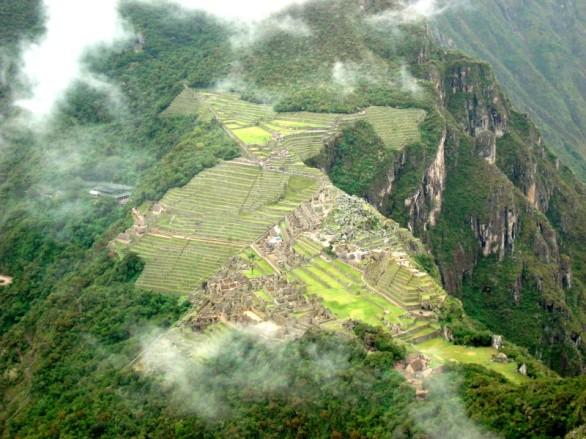 La magnitud del Imperio Inca vista desde el cerro Wayna Picchu (Foto: Johan Ramírez)