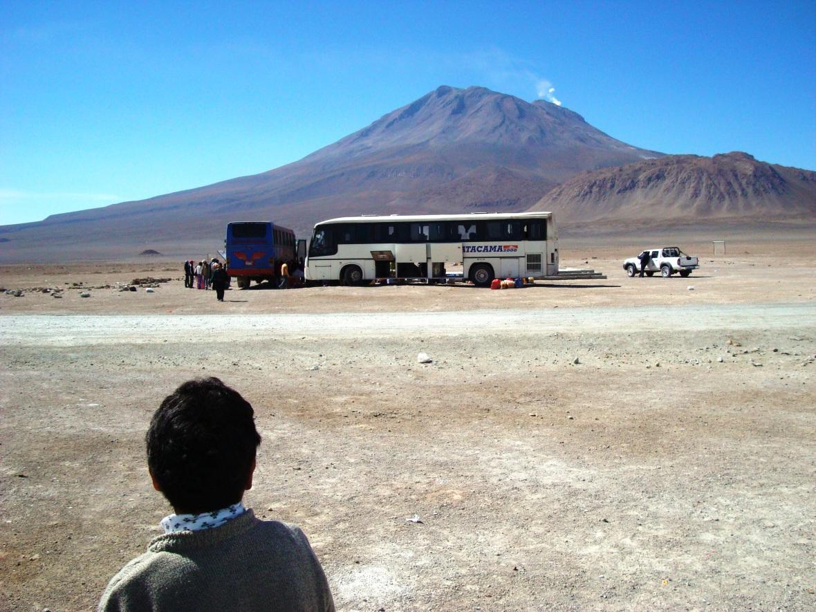 Insólita frontera Bolivia-Chile. JOHAN RAMÍREZ